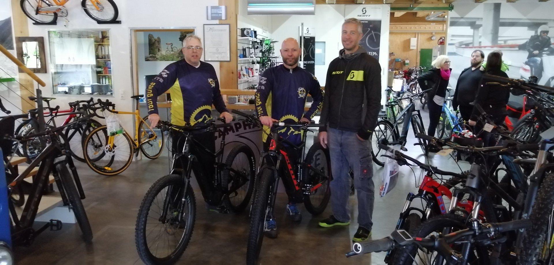 Bild zur News Neu im Stall - jetzt auch E-Bike-Touren im Angebot